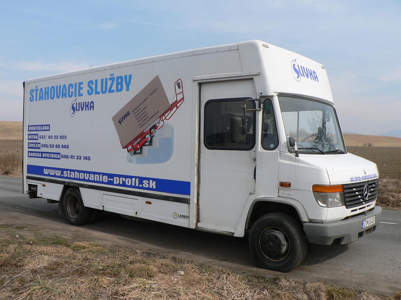 2ef514884 Poskytujeme služby v oblasti sťahovania a požičovne vozíkov či vozidiel.